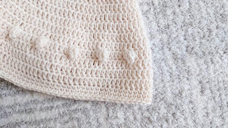ポップコーン編みのどんぐり帽